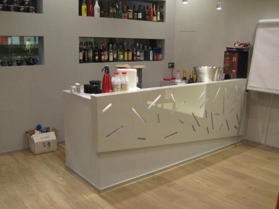 Great angolo bar soggiorno tosco arredamenti with for Arredamento angolo bar